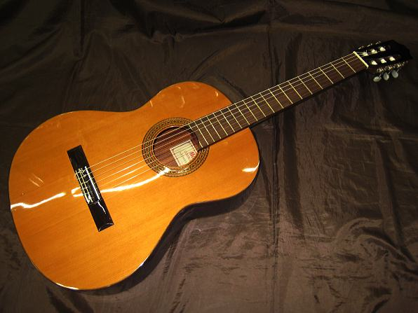 MORRIS クラシックギター C-500