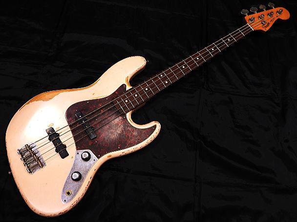 Fender Mexico ベースギター Flea Jazz Bass/RW/Faded Shell Pink