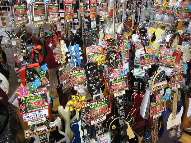 【楽器部】クリスマスに向けて、特価品多数ご用意しております!!