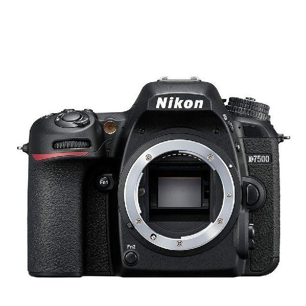 ニコン デジタル一眼レフカメラ D7500 Body