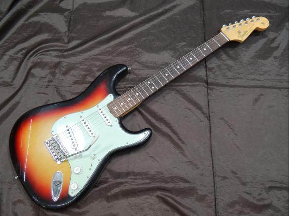 Fender USA エレキギター CS 1964 Closet Classic Stratocaster/3TS