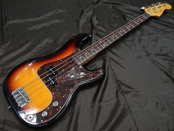 Fender Japan ベースギター PB62-DMC/VSP/3TS