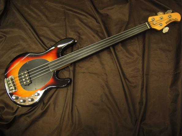 MUSICMAN ベースギター STINGRAY EX フレットレス TB
