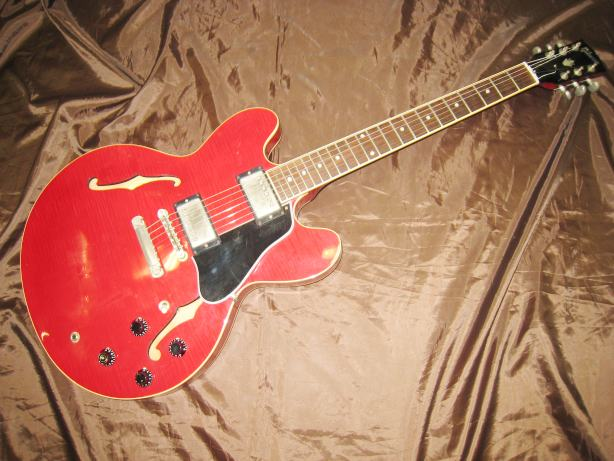 GIBSON セミアコギター ES-335リイシュー/CH