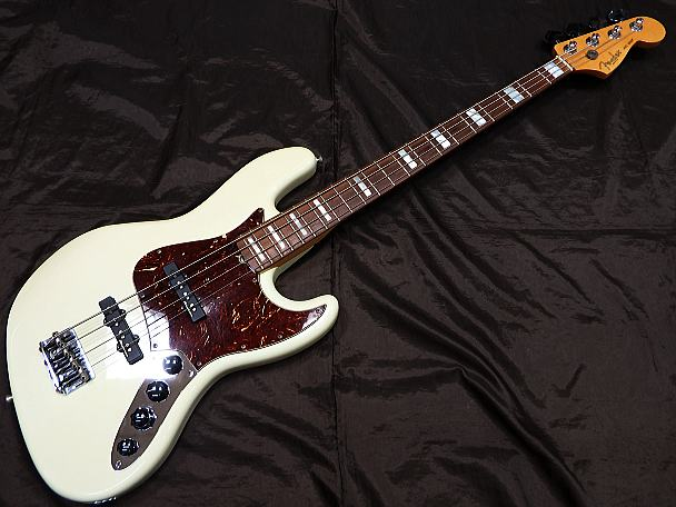 Fender USA ベースギター CS Custom Classic JB/OW/R