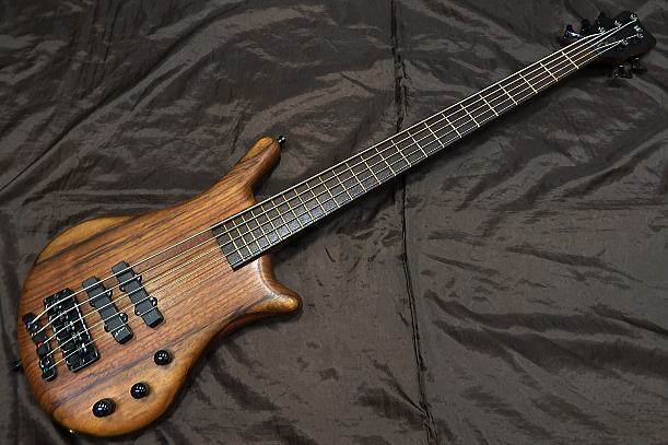 Warwick 5弦ベースギター Thumb Bass Bolt-on 5st